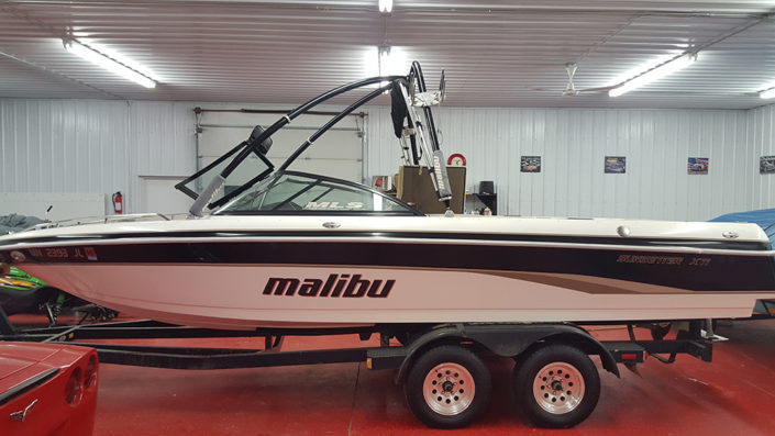 Malibu boat detailing