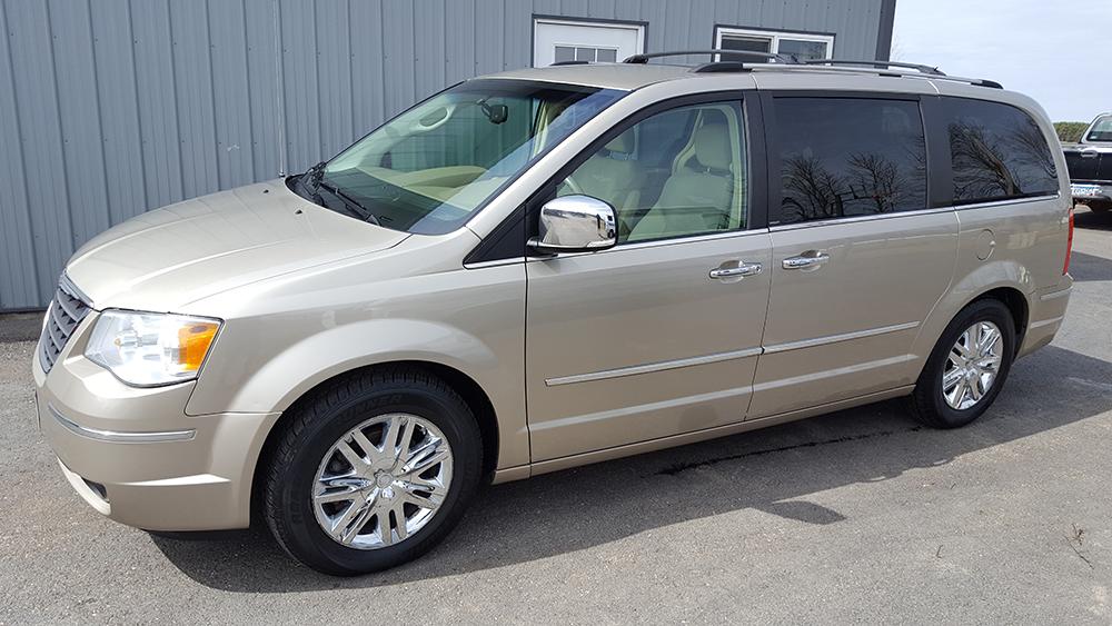 Mini Van detailing